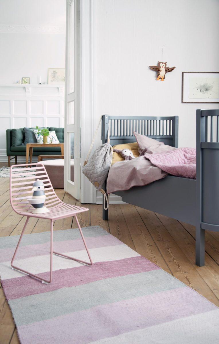 sebra me sit metallstuhl s altrosa hipster baby. Black Bedroom Furniture Sets. Home Design Ideas