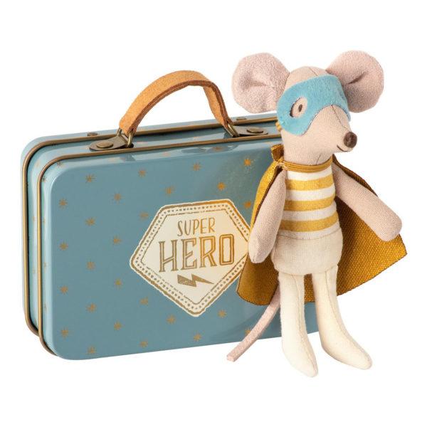 Maileg Kleiner Bruder Superheld im Koffer