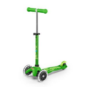 "Micro Mobility mini micro deluxe LED ""green"" 01"